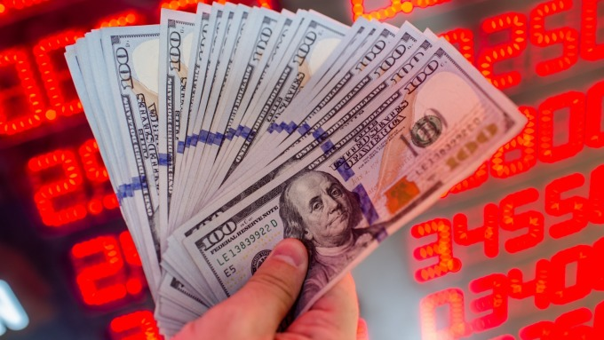 贸易战支撑美元上涨纽元领跌G10 卢布贬至2年低点